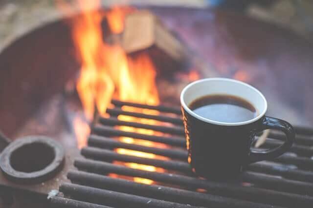 grill-reinigen-mit-kaffee